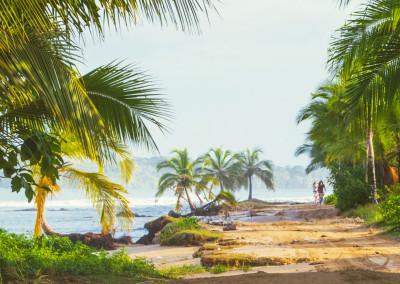 Island_Plantation_BocasdelToro_biking