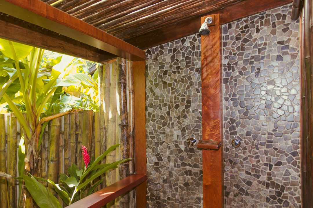 Island_Plantation_Suite_Shower